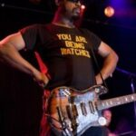 MICK COLLINS of THE DIRTBOMBS / THE GORIES / THE WOLFMANHATTAN PROJECT – Song For Ewe